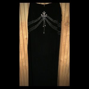 Dave and Johnny vintage gown 10/12